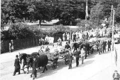 Frihedskæmperen Hans Krarup Andreasen, Sejs, begraves fra Silkeborg Kirke. 1945